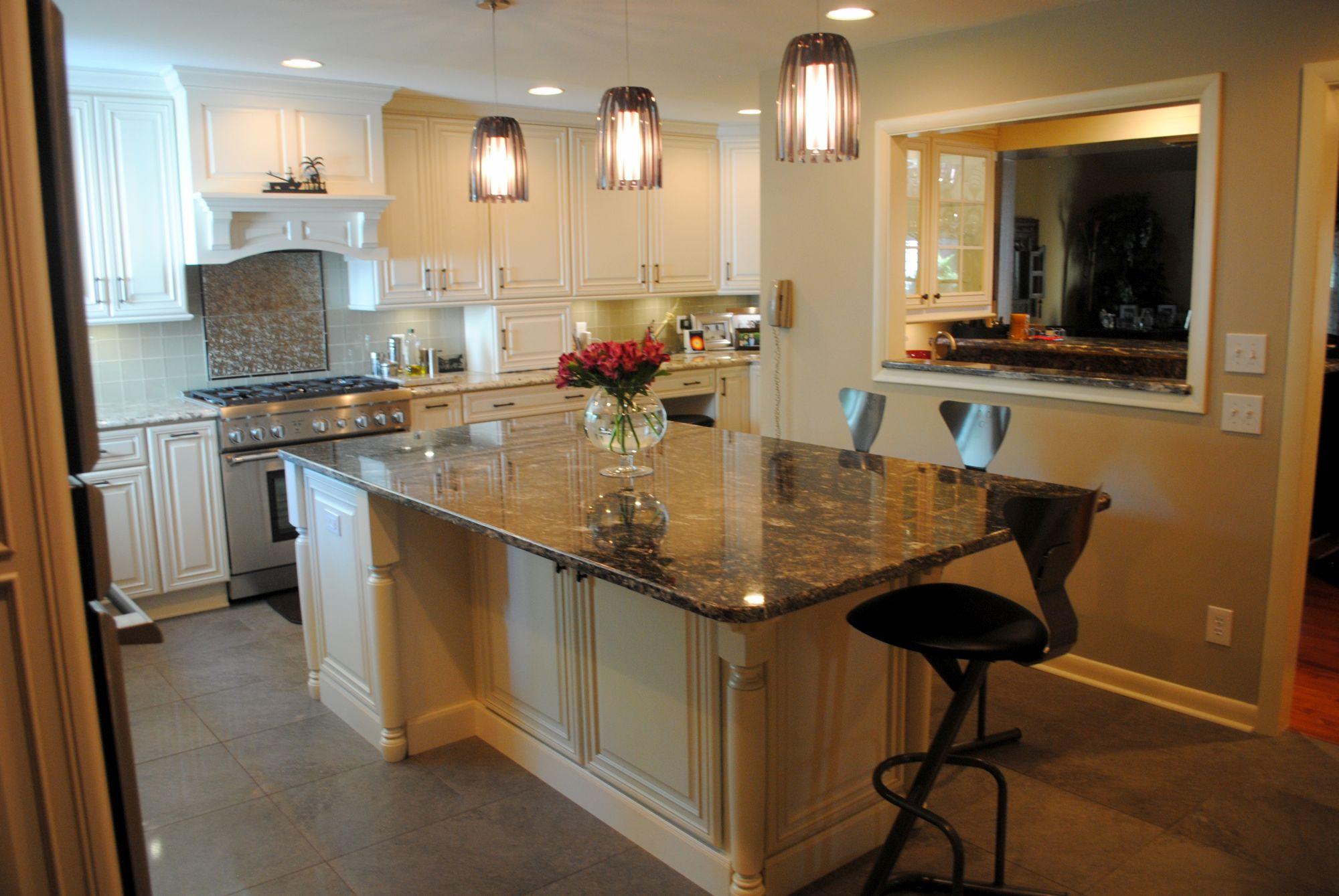 Hebbar Kitchen Showroom | Daniel Island, SC |Mevers Custom