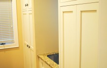 Custom Cabinets & Knobs
